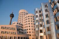 Düsseldorf, Shopping, Einkaufen, Altstadt, Fernsehturm, Königsallee, Medienhafen, Rheinpromenade